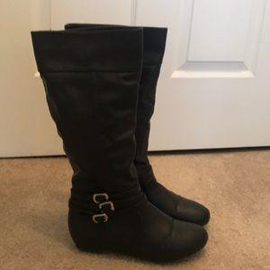Wild Diva Black Boots-Size 7 1/2